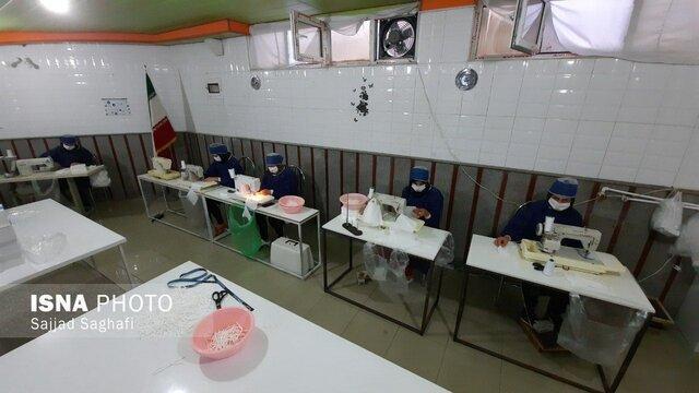 تولید روزانه 5000 ماسک بهداشتی توسط بانوان سلماسی