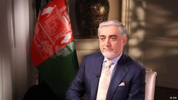 عبدالله عبدالله: دولت آینده افغانستان باید درباره تقسیم قدرت با طالبان تبادل نظر کند